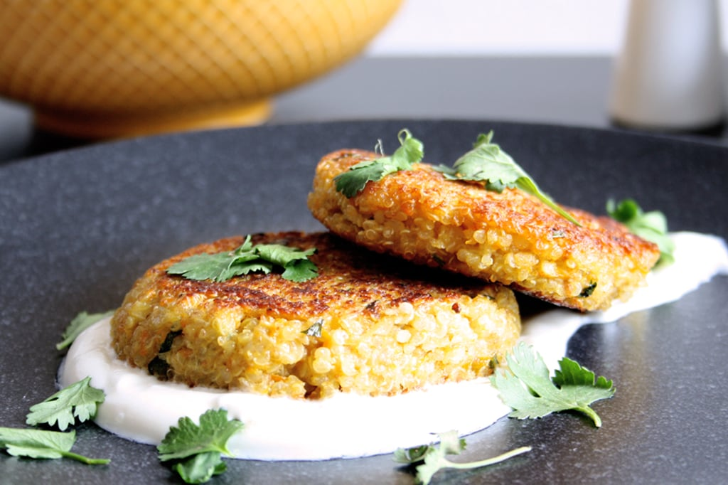 Quinoa-Bratlinge mit Karotten & Koriander