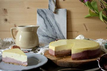 Cremiger Cheesecake mit Brombeeren