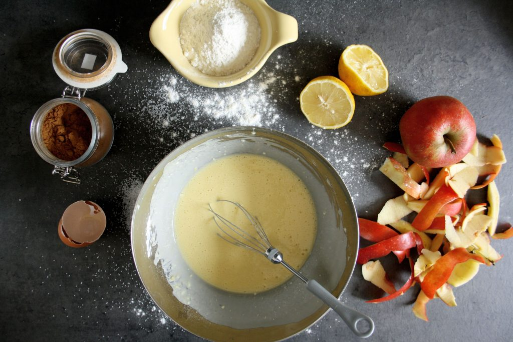 Zutaten für Apfelpfannkuchen - ein liebevolles Frühstück zum Muttertag