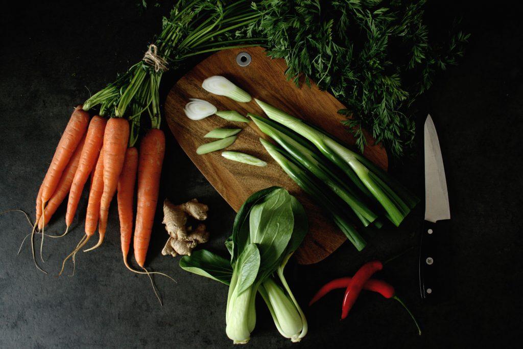 Zutaten für Asiatische Gemüsesuppe mit Udon-Nudeln