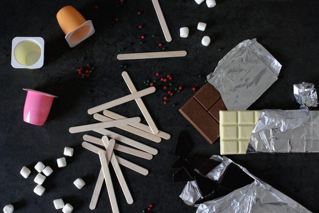 Zutaten und Hilfsmittel für Heisse Schokolade am Stiel