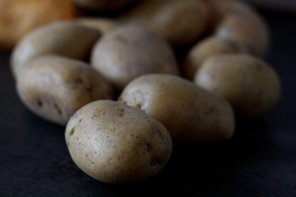 Kartoffeln für klassisches Kartoffelgratin