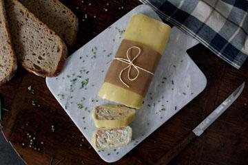 Gefüllte Käserolle – vegetarisch & würzig