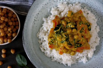 Mildes Spinat-Kichererbsen-Curry