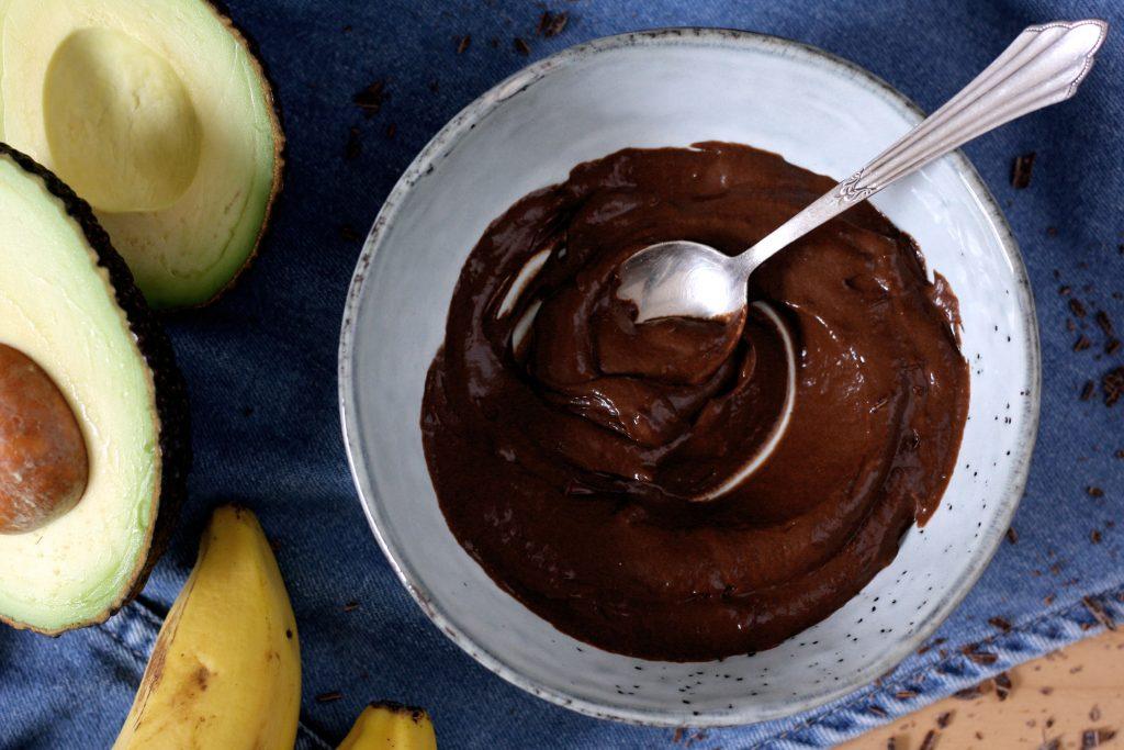 5-Minuten-Schokopudding mit Avocado & Banane