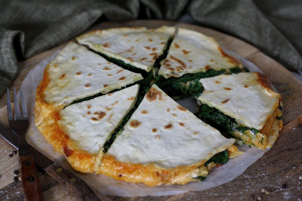 Spinat-Käse-Quesadilla mit selbstgemachten Weizentortillas