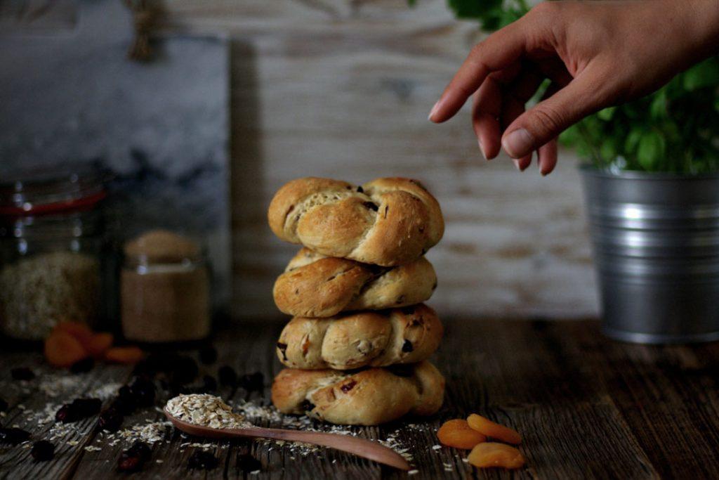 Süße Hefebrötchen »Müsli-Style«