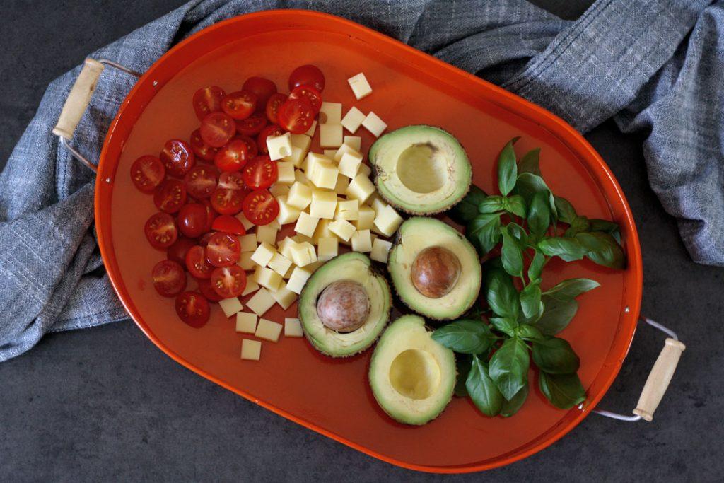 Zutaten für Schnellen Käsesalat für zwischendurch