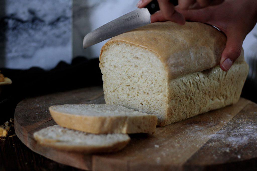 Selbstgebackenes Toastbrot mit Buttermilch