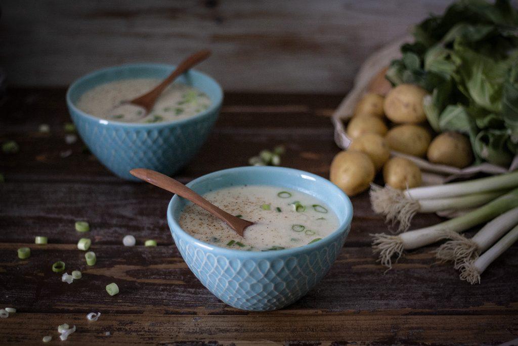 Cremige Blumenkohlsuppe – einfach & vegan