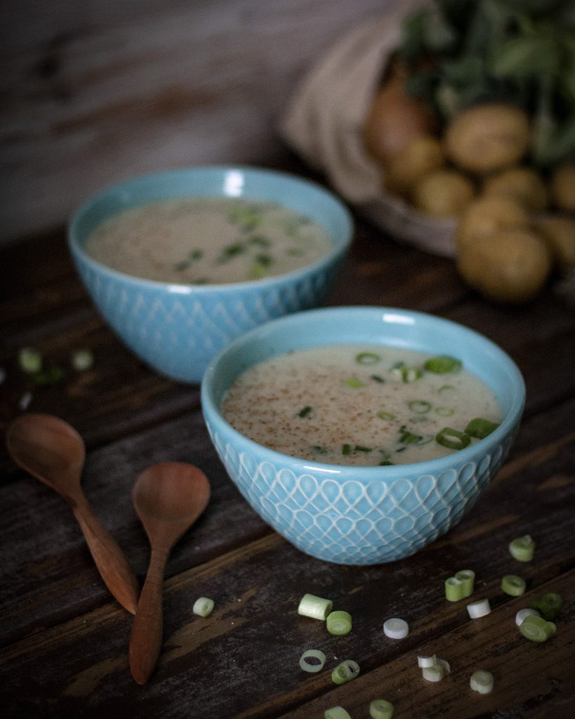 Cremige Blumenkohlsuppe - einfach & vegan
