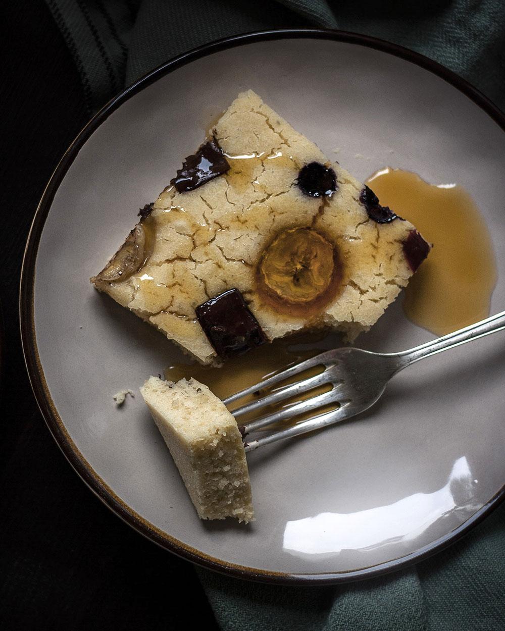 Entspanntes und leckeres Frühstück mit fluffigen Pfannkuchen vom Blech