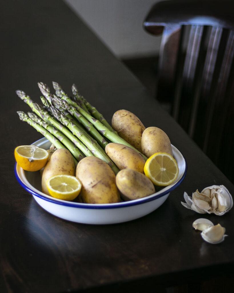 Kartoffeln, Spargel, Knoblauch & Co.: Mit nur 6 Zutaten zum leckeren Abendessen für die ganze Familie