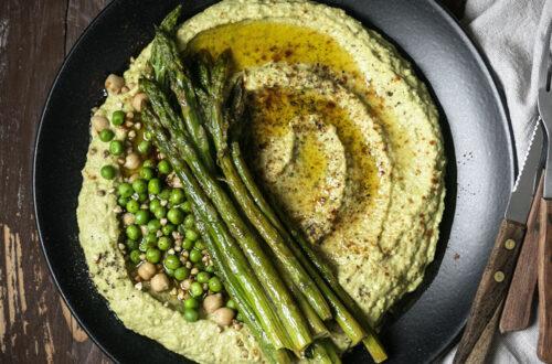 Grüner Spargel & knackige Erbsen: Hummus mal anders