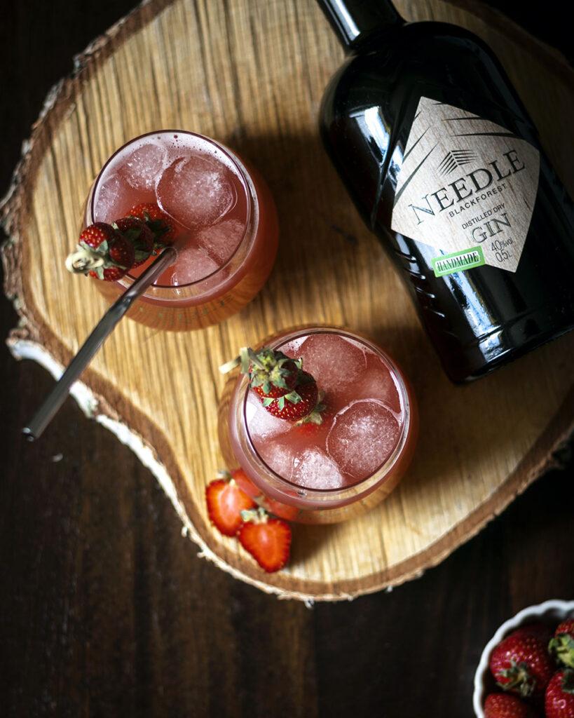 Mit Gin aus dem Schwarzwald, Erdbeeren & Rhabarber zum ultimativen Gin-Cocktail