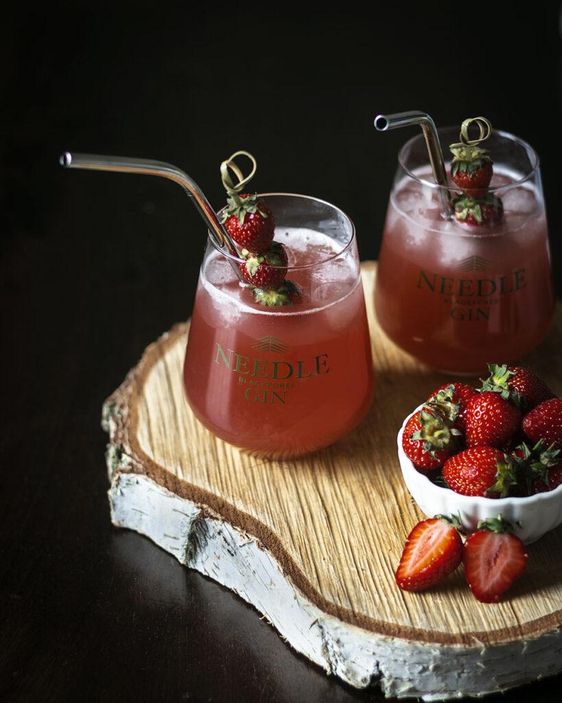 Mit 3 einfachen Zutaten in 5 Minuten gemixt: Dieser fruchtige Gin-Cocktail schmeckt nach Sommer