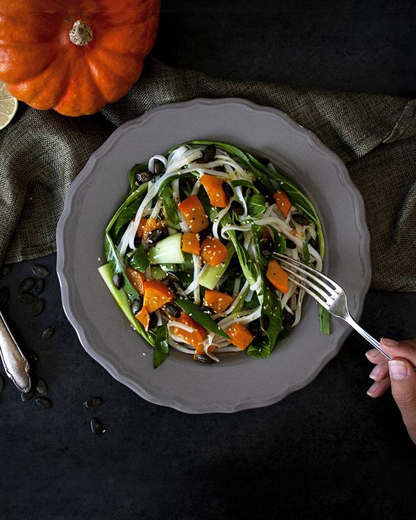 Kürbis-Reisnudel-Salat mit Sojadressing | Wochenplan Mittwoch