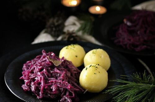 Egal, ob zu Gans oder Ente: Rotkohl darf an Weihnachten nicht fehlen