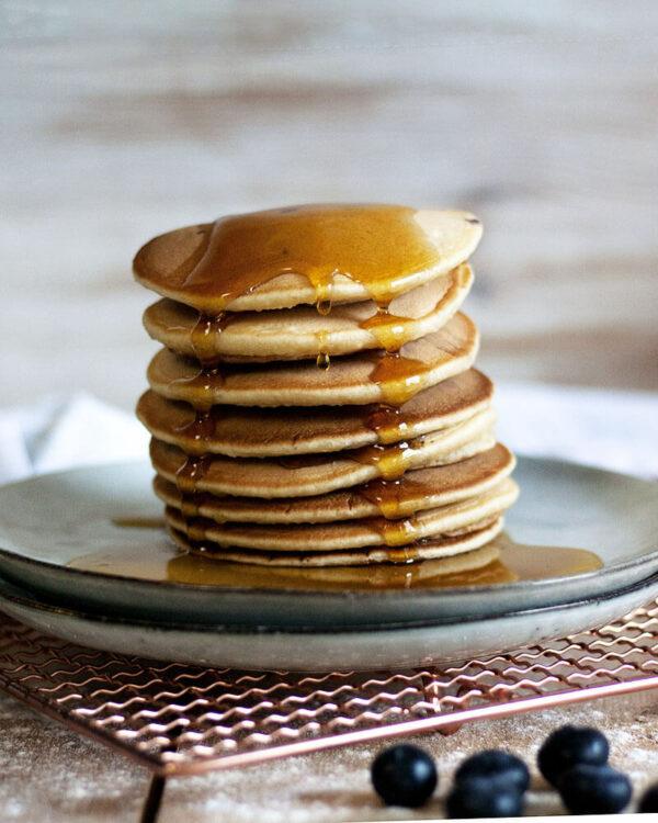 Das perfekte Frühstück: Vegane Pancakes mit Apfelmus