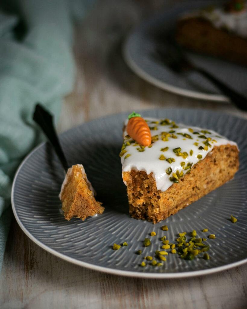 Saftig & luftig: Dieser vegane Möhrenkuchen ohne Nüsse kann beides